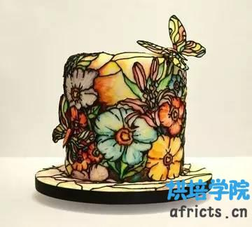 烘焙趣闻 | 彩色玻璃蛋糕 Stained Glass Cake